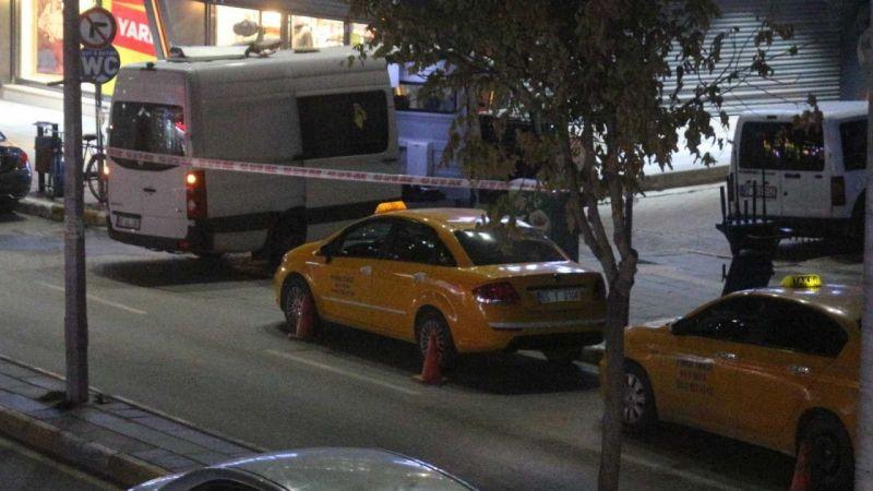 Van'ın en işlek caddesinde şüpheli paket polisi alarma geçirdi