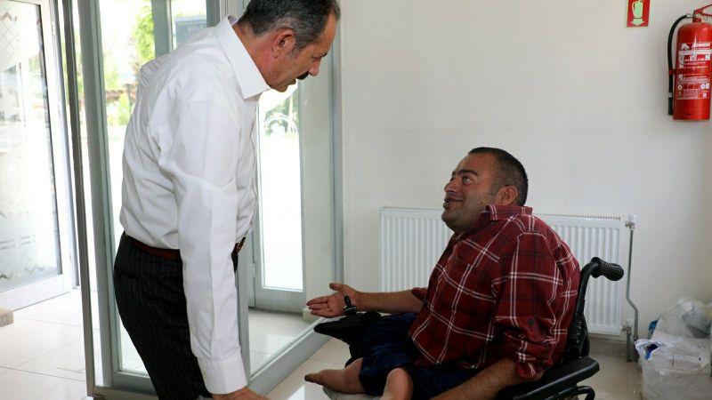 Başkan Tanış, engelli vatandaşın talebine kayıtsız kalmadı