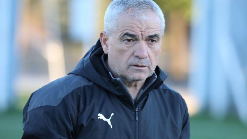 Sivasspor Teknik Direktörü Çalımbay: Maç kazanmak kolay değil