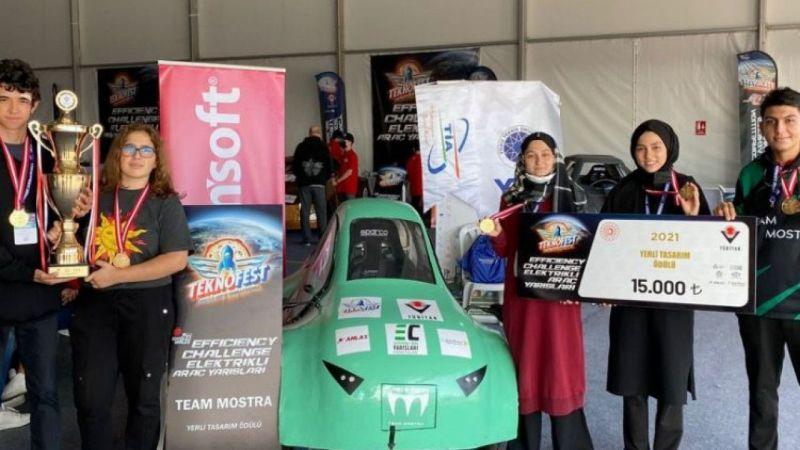 Team Mostra ekibi 'Yerli Tasarım Ödülü'nü aldı