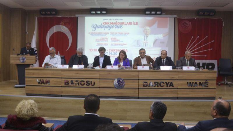 CHP heyeti Van'da KHK'lıların sorunlarını dinledi