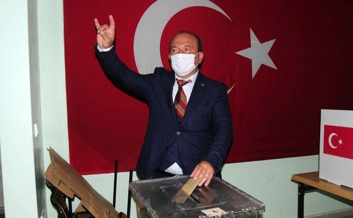 Geyve MHP de Murat Çakmak güven tazeledi...