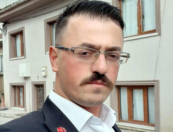 Yeniden Refah Partisi Geyve ilçe başkanı Halil Gül Corona'ya yakalandı..