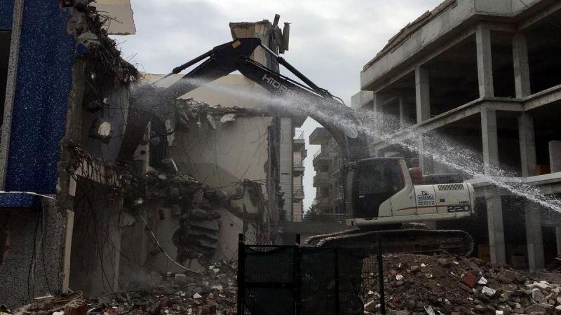 Eski Ali Fuat Cebesoy MYO'nun yıkımı yapılırken yenisinin yapımı sürüyor...