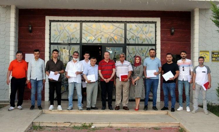 Geyve'de 36 kursiyer Emlak Danışmanlığı Sertifikalarına kavuştular..