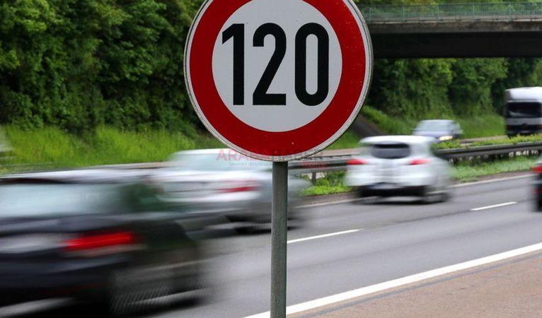 Otoyollarda hız limitlerinin artırılma çalışması yapılıyor