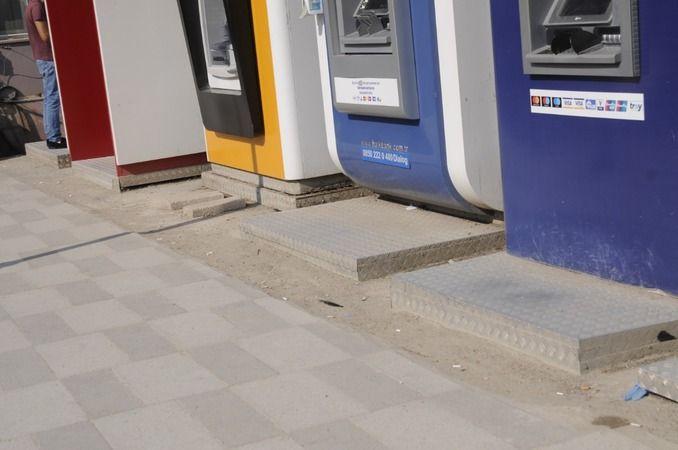 Geyve'de ATM' ler Engelli..!