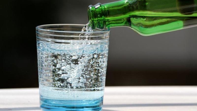 Soğuk soda içip fenalaştılar... Geyve'de okulda zehirlenme paniği!
