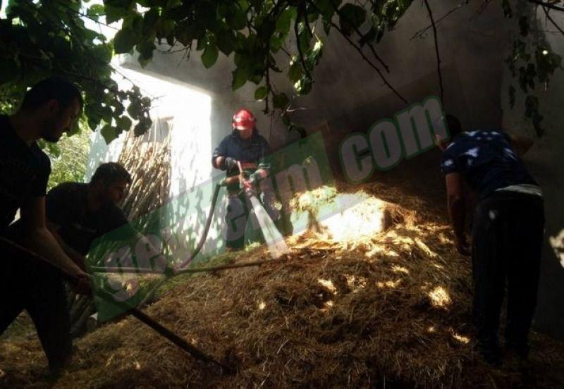 Geyve Akdoğan'da evin alt katındaki samanlıkta yangın