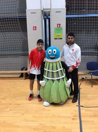 Milli Badmintoncu Hamit Atmaca Türkiye'yi Temsil Edecek