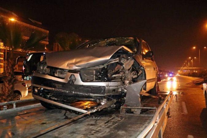 Antalya'da Zincirleme Trafik Kazası: 8 Yaralı