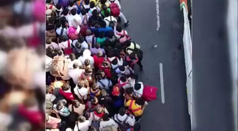 Binlerce İşçi, Otobüs Terminalinde Bekletildi, Hükümete Tepki Yağdı!