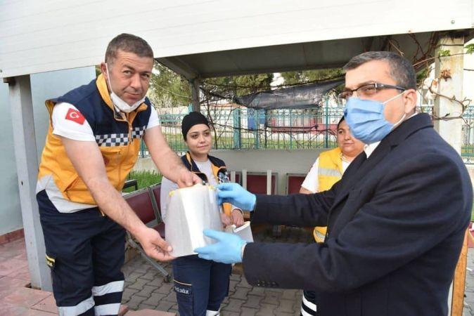 3 Boyutlu Maskeler Sağlık Çalışanlarına Hediye Ediliyor