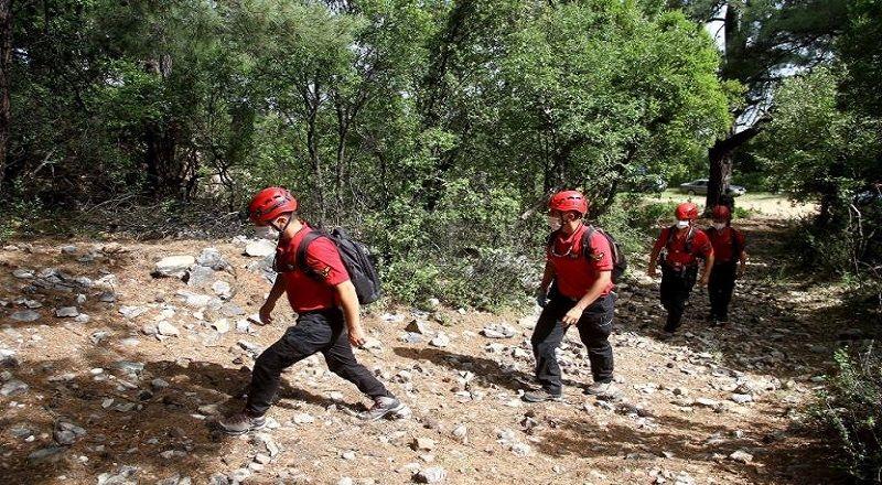 Kayıp dağcıyı arama çalışmaları devam ediyor