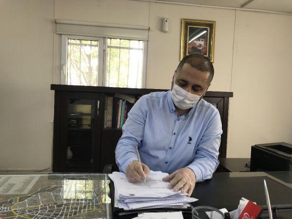 Bakanı Koca, numarayı yanlış çevirip muhtarı aradı