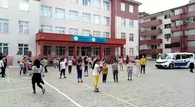 Polisler çaldılar çocuklar oynadılar