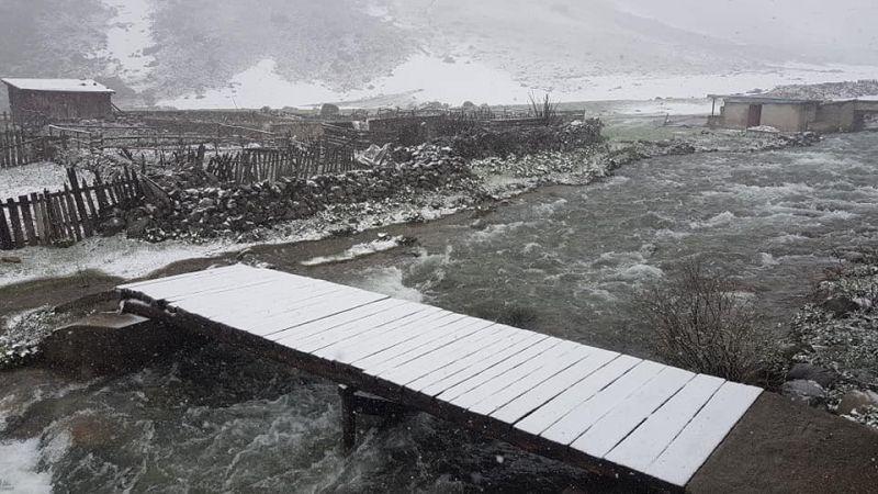 Rize'nin yüksek kesimlerinde Mayıs ayında kar yağışı