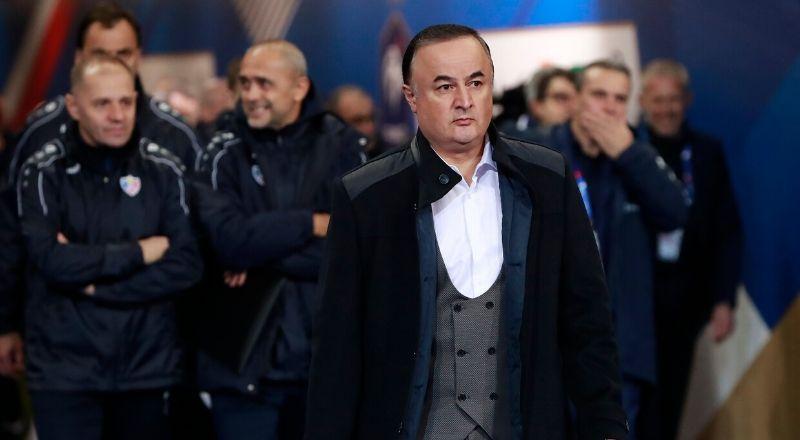 Fenerbahçe'de yeni hoca arayışı devam ediyor