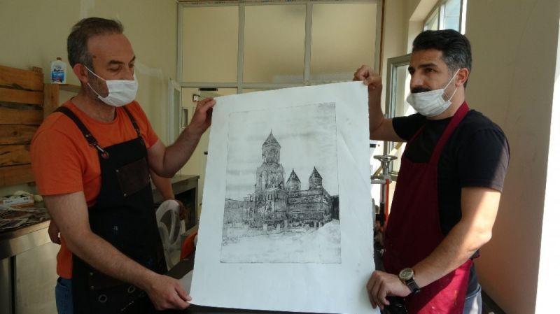Muş'un tarihi ve kültürü gravüre yansıtıldı