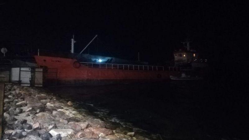 İzmir'de büyük operasyon! Bir gemide 276 sığınmacı yakalandı