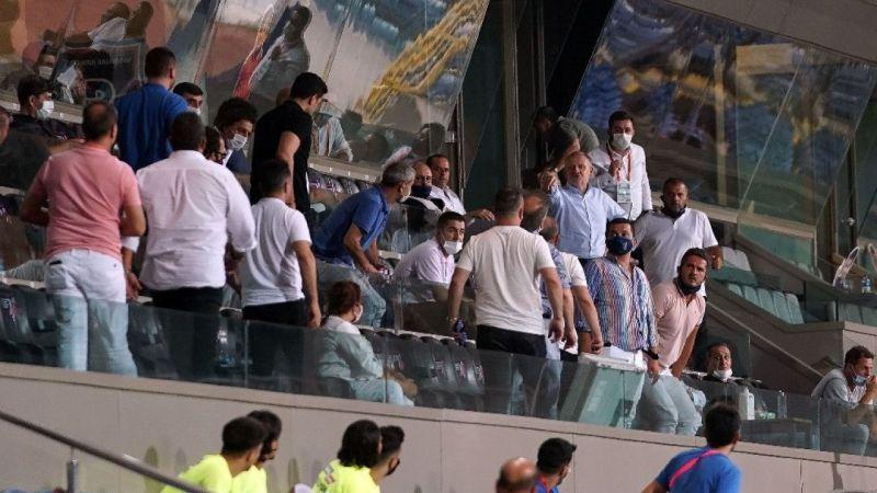 Başakşehir - Denizlispor maçında gergin dakikalar