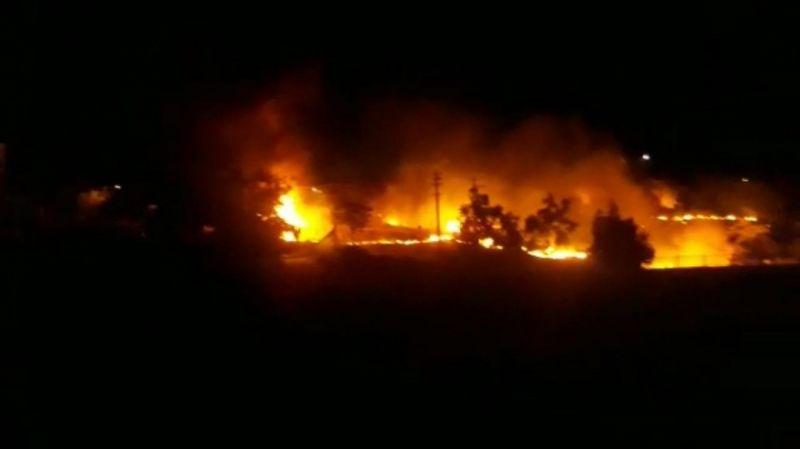 Keban'da korkutan yangın güçlükle söndürüldü