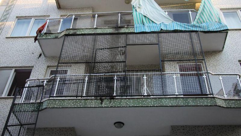 Kaynak makinesi balkon perdesini alev aldırdı