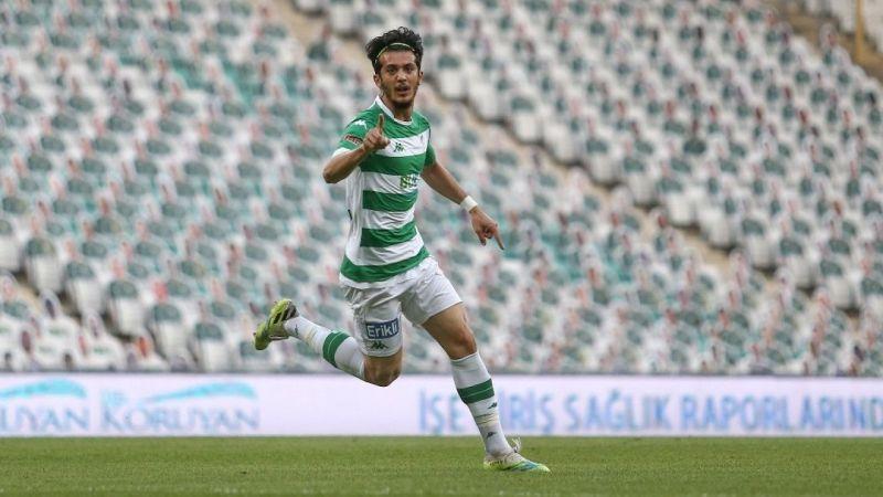 Tayfur Bingöl Bursaspor'dan ayrıldı