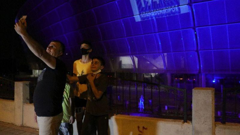 Yeni Adana Stadyumu 'mavi-lacivert' ışıklarla donatıldı - Haber ...