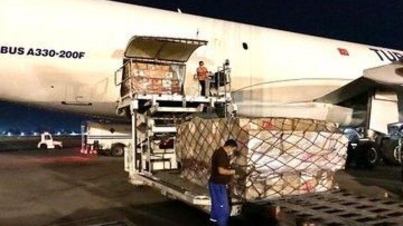 Türkiye'nin tıbbi malzeme yardımları Özbekistan'a ulaştı