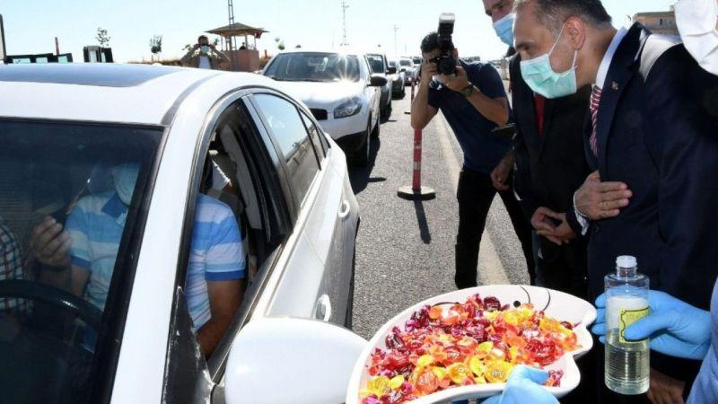 Vali Çuhadar uygulama noktasında trafik tedbirlerini denetledi