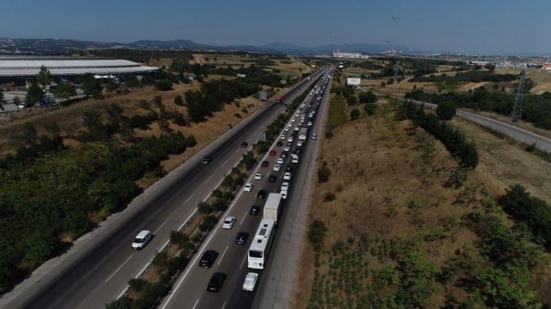 Bursa'da yollarda bayram trafiği