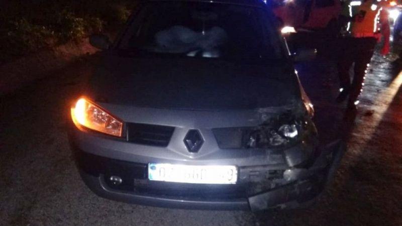 Antalya'da otomobil iki araca çarptı: 1 ölü, 2 yaralı