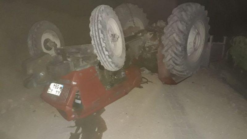 16 yaşındaki ehliyetsiz sürücü traktörün altında kaldı