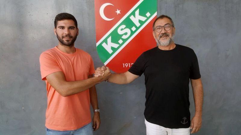 Karşıyaka 2 futbolcuyla daha sözleşme yeniledi