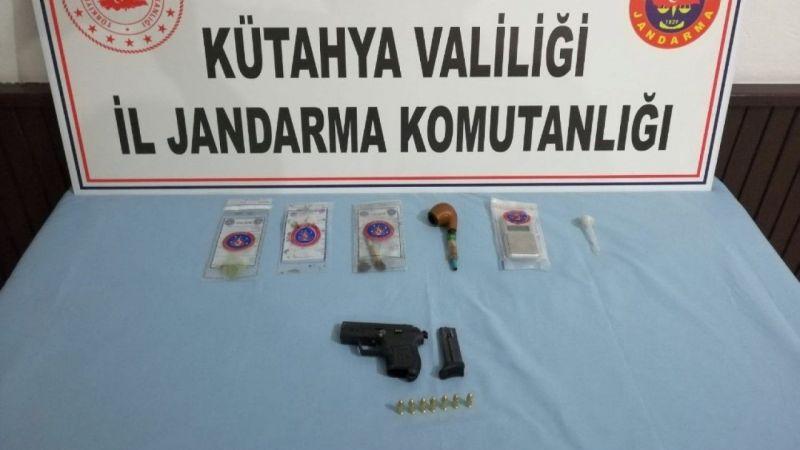 Uyuşturucu imal ve ticaretine 3 tutuklama