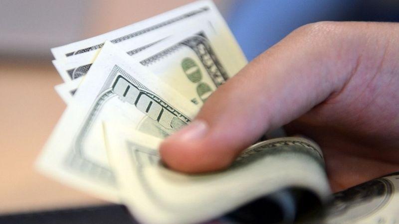 Geçen ay ekonomi haberlerinde en çok dolar konuşuldu