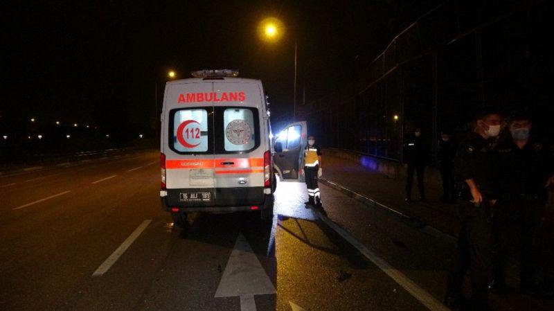 Bursa'da araç 360 derece spin attı... Sürücü otomobilden fırladı