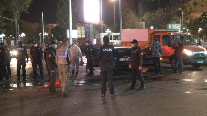 Ankara'da kadın sürücü ortalığı birbirine kattı: Yaralılar var