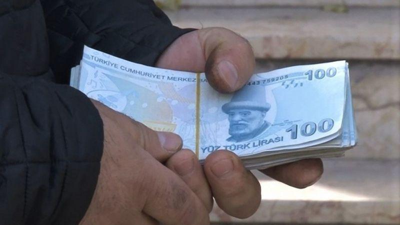 Eskişehir'de ATM'de unutulan parayı sahibine teslim etti