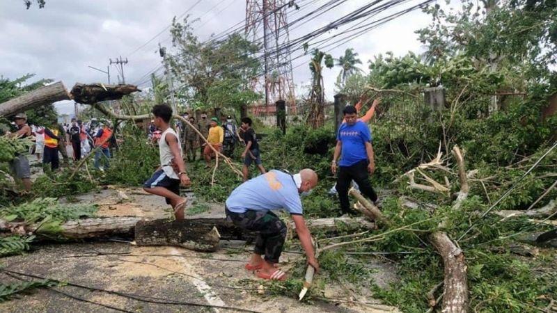 Filipinler'i Molave Tayfunu vurdu: Çok sayıda kayıp var