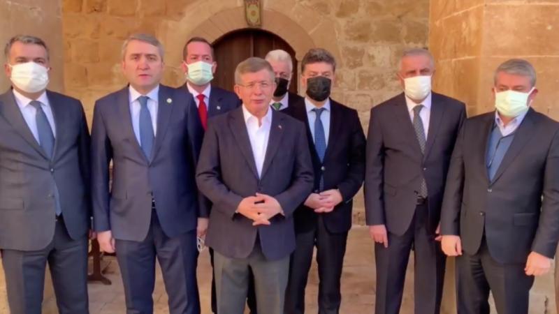 Davutoğlu'ndan Selçuk Özdağ saldırısına ilişkin açıklaması: 'Erdoğan'dan açıklama bekliyoruz'