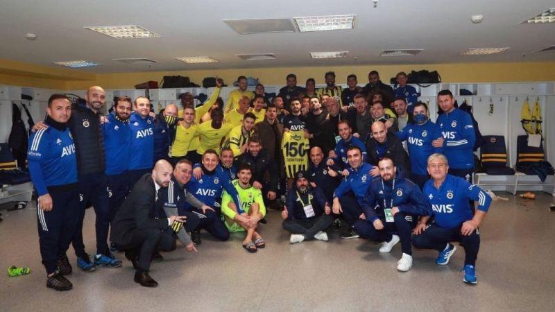 Fenerbahçeli futbolcu Ozan Tufan için özel kutlama