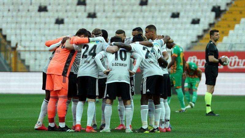 Süper Lig'in 34. haftasında Lider Beşiktaş, seri peşinde