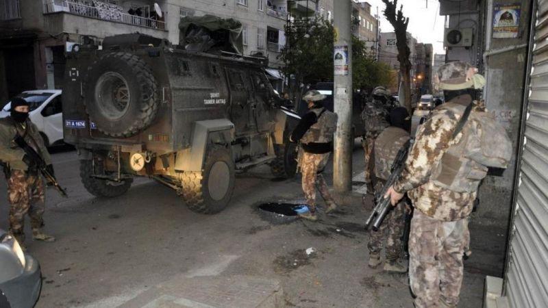 Diyarbakır'da terör operasyonu: Aralarında HDP'li yöneticilerin de bulunduğu 11 şüpheli gözaltına alındı | Son Dakika