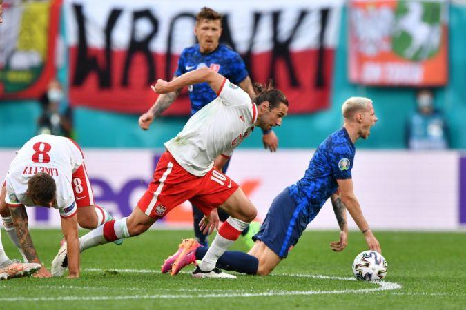 EURO 2020 E Grubu: Polonya: 1 - Slovakya: 2 |Son Dakika