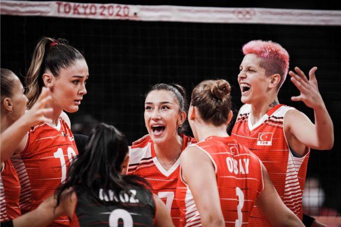 A Milli Kadın Voleybol Takımı çeyrek finalde   Son Dakika