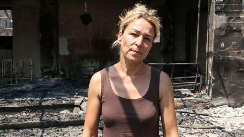 """Manavgat yangınında çiftliği küle dönen kadın: """"Cehennemi yaşadım""""   Son Dakika"""