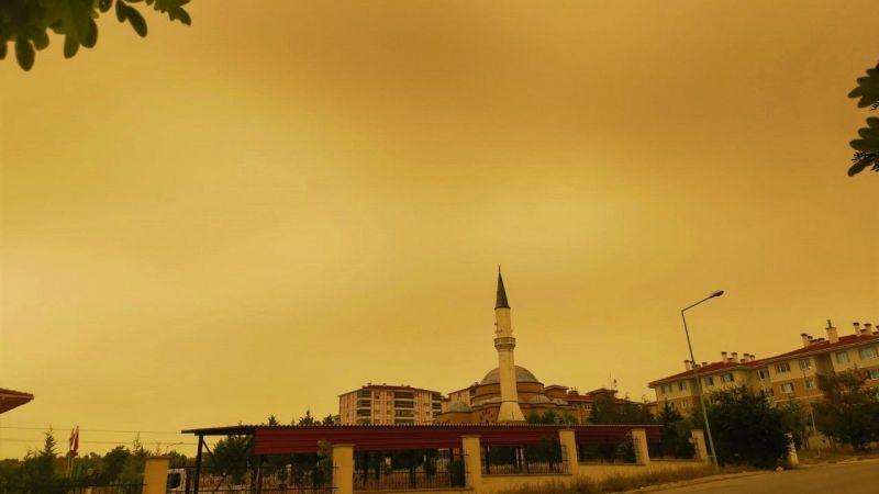 Edirne'de gökyüzü kızıllığa büründü | Son Dakika