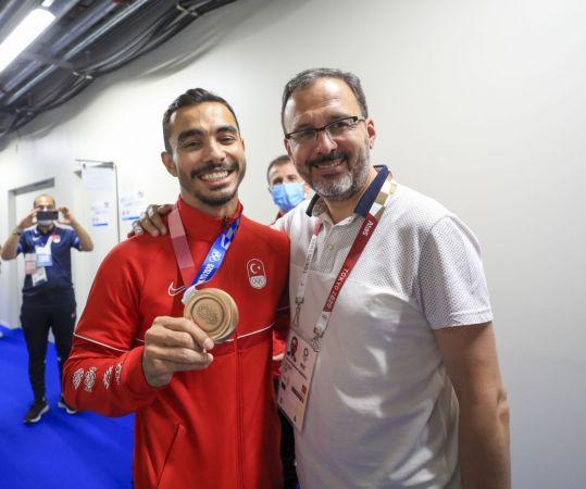 Olimpiyatlarda rekor geldi: 13 madalya | Son Dakika